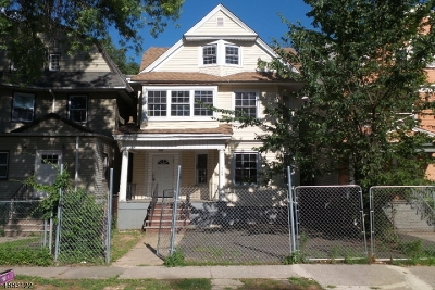 Multi Family Home Under Contract: 124 N 18th St