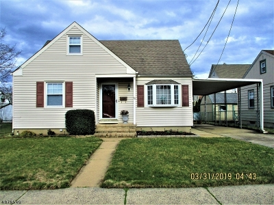 Manville Boro Single Family Home For Sale: 10 No 8th Ave