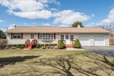 Vernon Twp. Single Family Home For Sale: 1575 Route 565