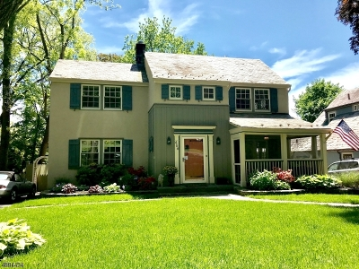 Maplewood Twp. Single Family Home For Sale: 466 Ridgewood Rd