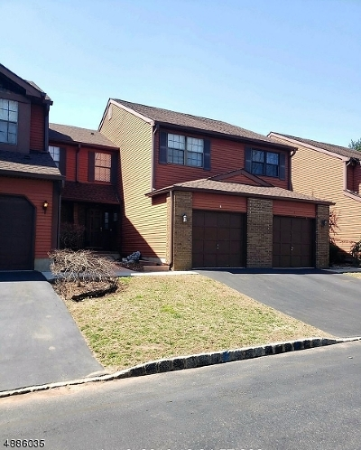 Somerset Condo/Townhouse For Sale: 8 Bayberry Dr