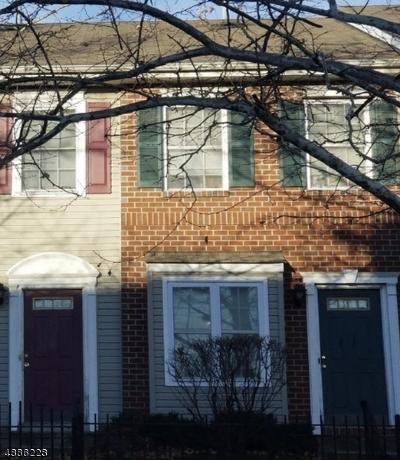 Newark City NJ Condo/Townhouse For Sale: $149,995