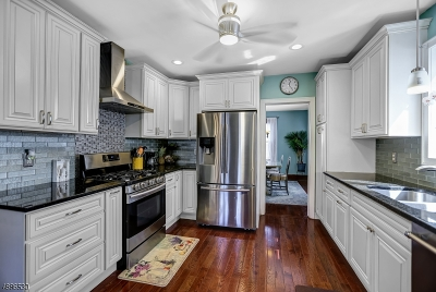 Springfield Twp. Single Family Home For Sale: 139 Tooker Ave