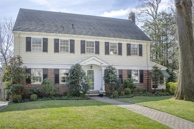 Maplewood Twp. Single Family Home For Sale: 31 Claremont Dr