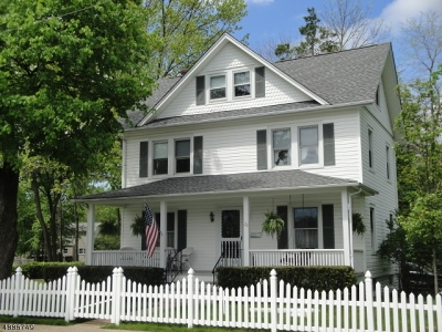 Morris Plains Boro Single Family Home For Sale: 22 Keenan Pl