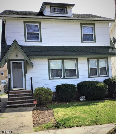 Bloomfield Twp. Single Family Home Active Under Contract