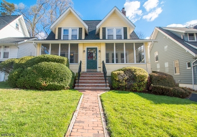 Maplewood Twp. Single Family Home For Sale: 21 St Lawrence Ave