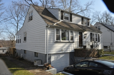West Orange Twp. Single Family Home For Sale: 20 S Westwood Dr