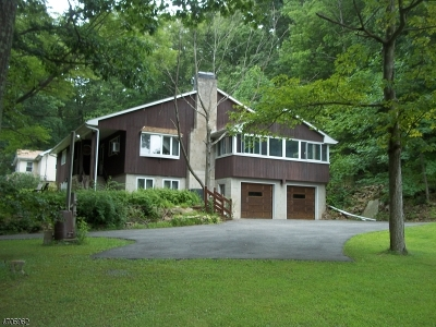Franklin Twp. Single Family Home For Sale: 154 Millbrook Rd