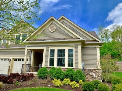 Chatham Twp Condo/Townhouse For Sale: 7 Magnolia Pl