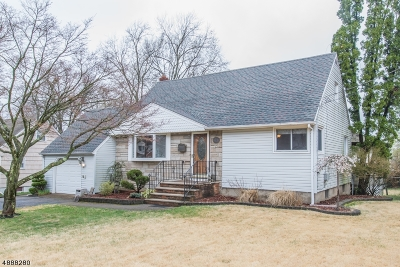 West Caldwell Twp. Single Family Home For Sale: 38 Dawson Dr