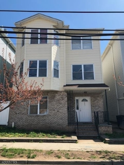 Elizabeth City Multi Family Home For Sale: 243 1st St
