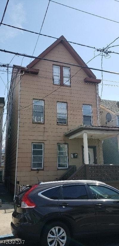 Passaic County Multi Family Home For Sale: 93 Highland St