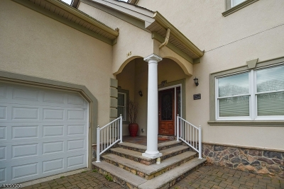 Berkeley Heights Single Family Home For Sale: 143 Kline Blvd