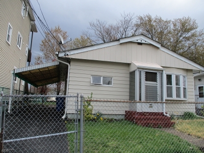 Paterson City Single Family Home For Sale: 295-297 E 29th St
