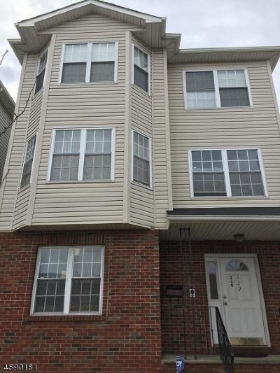 Elizabeth City Multi Family Home For Sale: 239 1st St