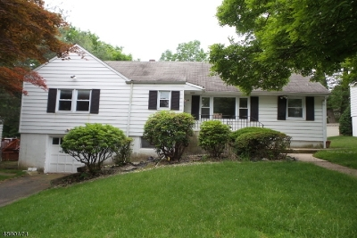 Single Family Home For Sale: 34 Porter Rd