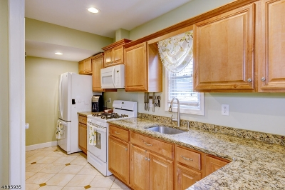 Somerset County Single Family Home For Sale: 3265 Valley Rd