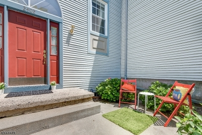 Somerset County Condo/Townhouse For Sale: 2402 Vroom Dr