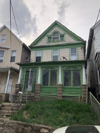 Elizabeth City Single Family Home For Sale: 162 Jacques St