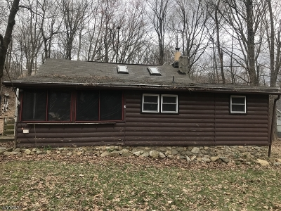 Vernon Twp. Single Family Home For Sale: 78 Breakneck Rd