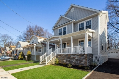 Union Twp. Single Family Home For Sale: 523 Golf Ter