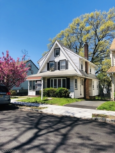 Belleville Twp. Single Family Home For Sale: 23 Belmohr St