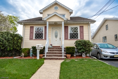Belleville Twp. Single Family Home For Sale: 86 Wilber St