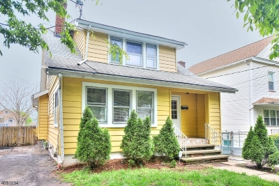 Bloomfield Twp. Single Family Home For Sale: 54 Ella St