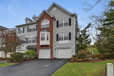 Bernards Twp. Condo/Townhouse For Sale: 83 Constitution Way
