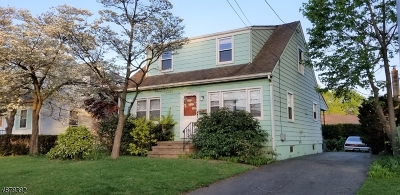 Manville Boro Single Family Home For Sale: 625 Newark Ave