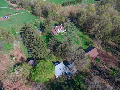Bedminster Twp. Single Family Home For Sale: 135 Cowperthwaite Rd