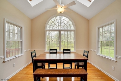 Single Family Home For Sale: 15 Ashwood Ln