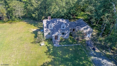 Rockaway Twp. Single Family Home For Sale: 18 Old Beach Glen Rd