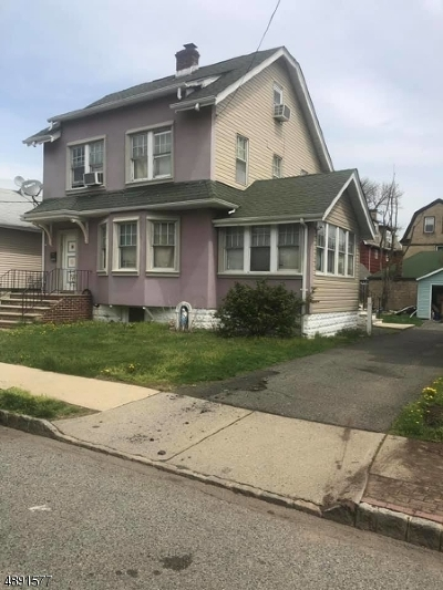 Belleville Twp. Single Family Home For Sale: 132 Bremond St