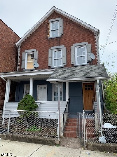 Passaic City Multi Family Home For Sale: 214 4th St