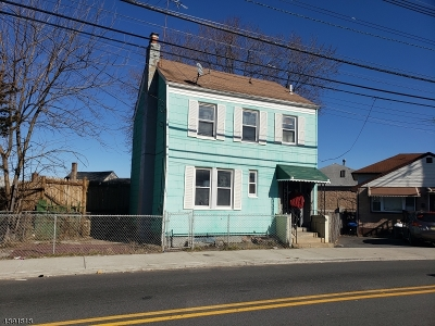 Paterson City Multi Family Home For Sale: 415 Marshall St
