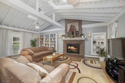 Oakland Boro Single Family Home For Sale: 123 Long Hill Rd