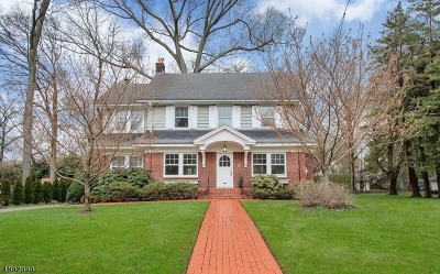 Montclair Twp. Single Family Home For Sale: 210 Park St