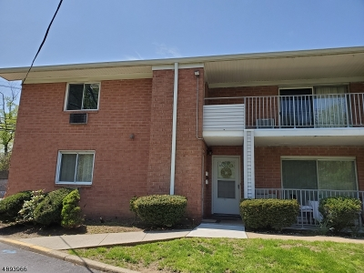 Parsippany-Troy Hills Twp. Condo/Townhouse For Sale: 2350 Route 10-C21