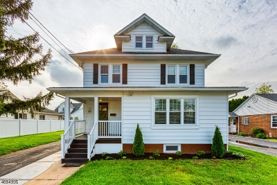 Manville Boro Single Family Home For Sale: 225 N 4th Ave