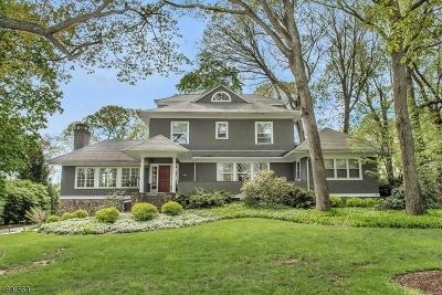 Mountain Lakes Boro Single Family Home For Sale: 92 Lake Dr