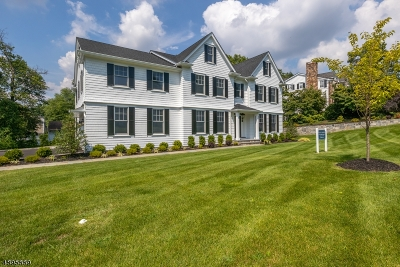 Chatham Twp Single Family Home For Sale: 10 Rolling Hill Dr