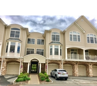 Livingston Twp. NJ Condo/Townhouse For Sale: $529,500