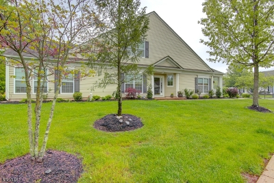 Franklin Twp. Single Family Home For Sale: 695 Thistle Hill Ln