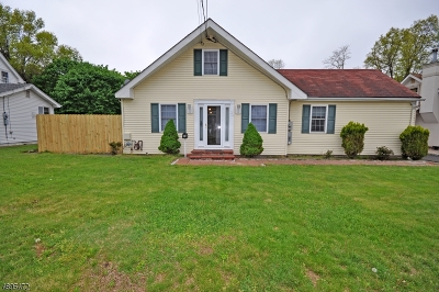 Manville Boro Single Family Home For Sale: 24 Alice St