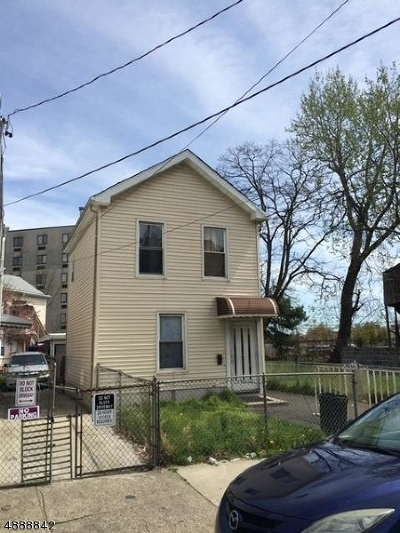 Paterson City Single Family Home For Sale: 261 Spring St