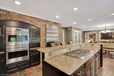Warren Twp. Single Family Home For Sale: 27 Berkshire Drive
