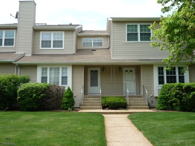 Franklin Twp. Condo/Townhouse For Sale: 34 West Lake