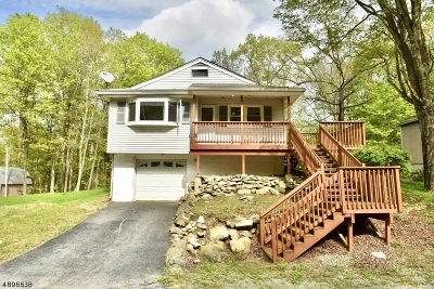 Vernon Twp. Single Family Home For Sale: 3 E Pine St